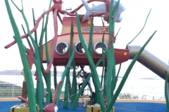 Parco giochi davanti l'Acquario Nazionale di Malta